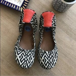 Lucky brand Aztec slip on ballet flats shoes